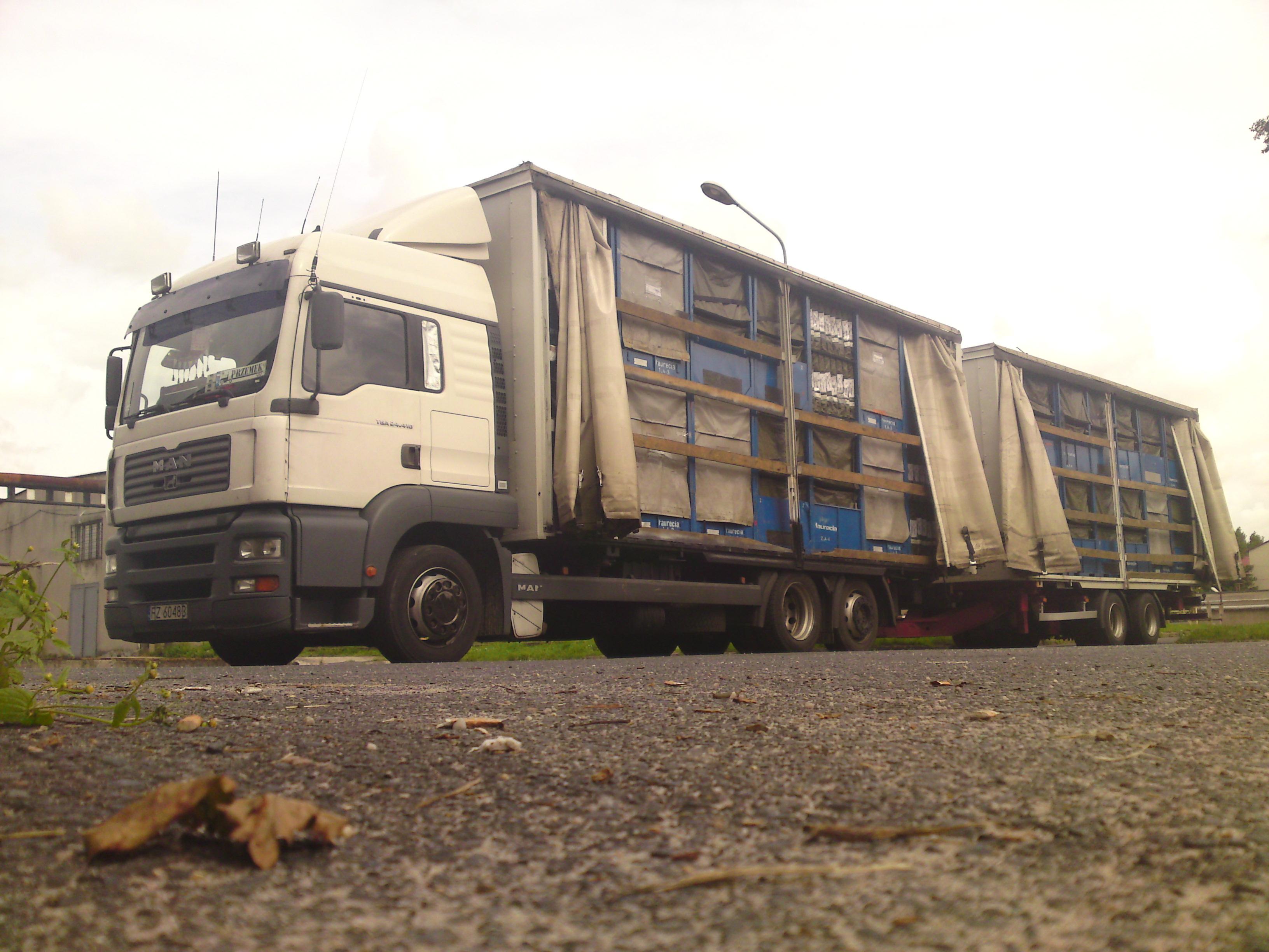 W Mega Trans-Sport - Firma logistyczna, usługi transportowe i spedycja MA99